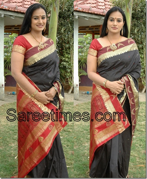 Anupama_Silk_Saree
