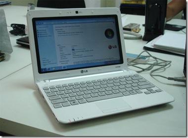 LG-X140-Netbook