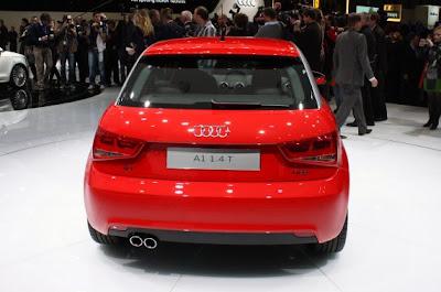 2011 Audi A1-04.jpg