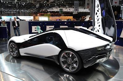 Bertone Alfa Romeo Pandion Concept-06.jpg