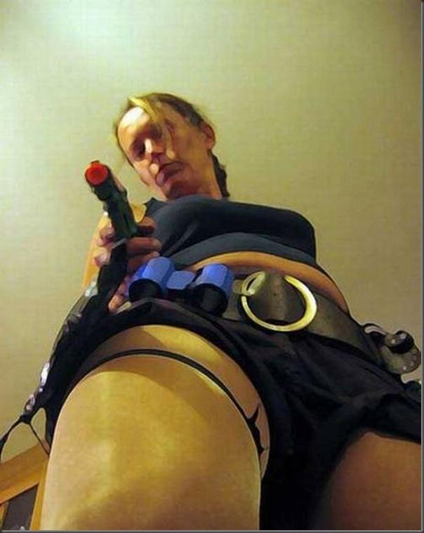 Os piores cosplays de Lara Croft (12)