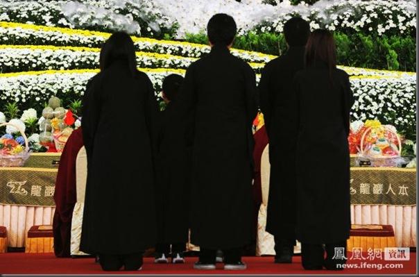 funeral de chefe de máfia de Taiwan (9)