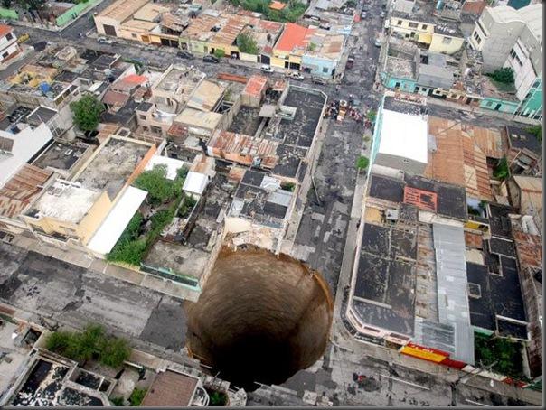 cratera gigante na guatemala 3