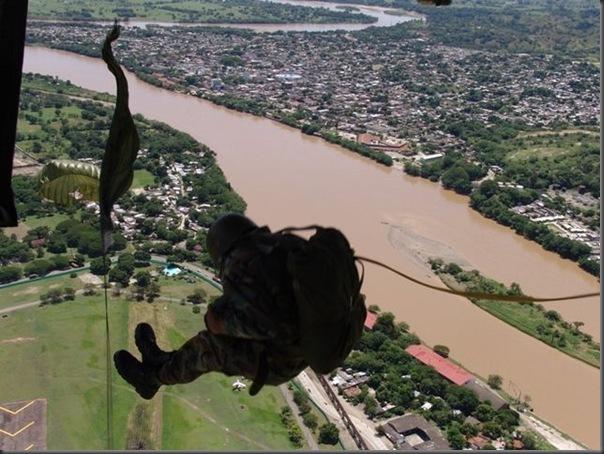 Fotos de forças especiais de diferentes países em ação (2)