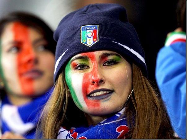 A beleza das torcedoras italianas (4)