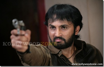 Sivappu_Mazhai_Movie_Pics_12