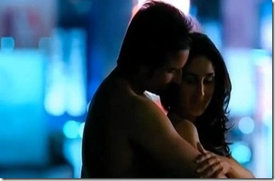 kareena-hot-bollyupdatescom-kurbaan-moviestills-10