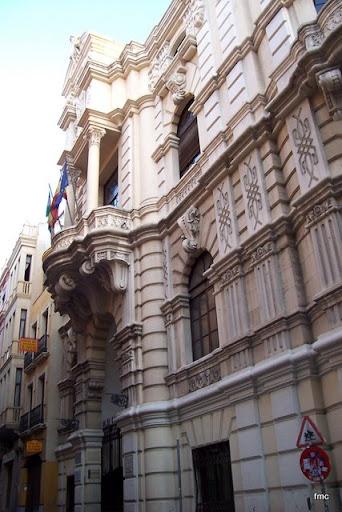 Fachada principal del edificio