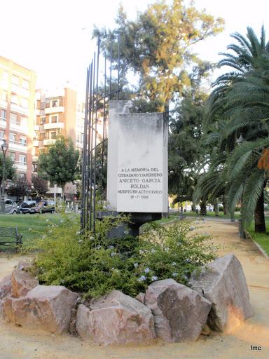 Monumento a Aniceto García