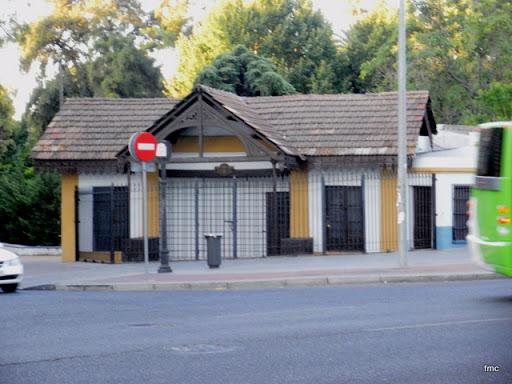 Antigua bascula municipal.