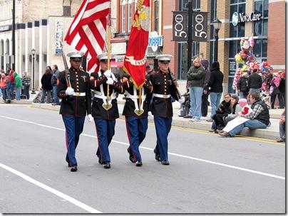 Santa Parade11-20-10a