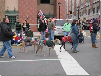 Santa Parade11-20-10z