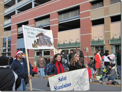 Santa Parade11-20-10bq