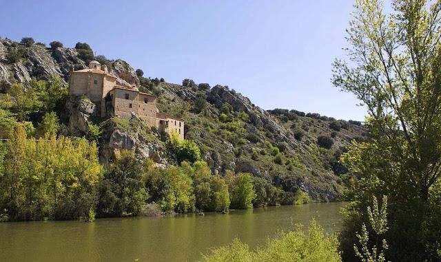 San Saturio y Rio Duero Soria.jpg