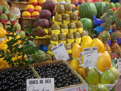 Banca de frutas no Mercado Municpal de São Paulo