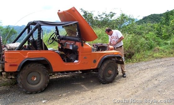 Costa Rica Jeep Break Down