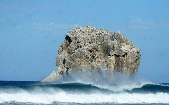 Witches Rock, Costa Rica in Winter