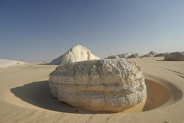 white-desert (4)