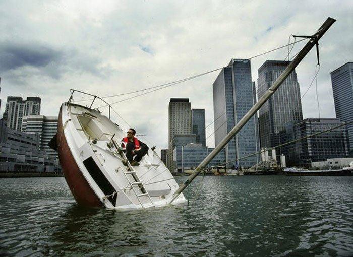 sinking-boat (2)