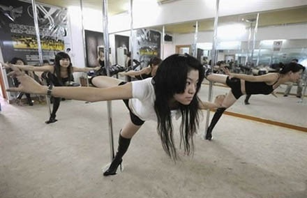 pole-dance-school (3)