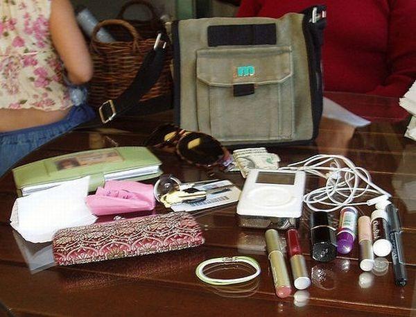 handbag-content (7)