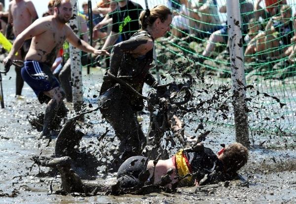 mud-olympics (4)