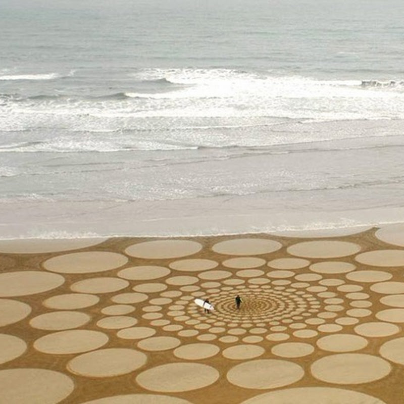 Giant Sand Art by Jim Denevan