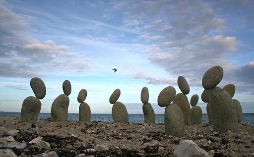 שיווי משקל של אבנים