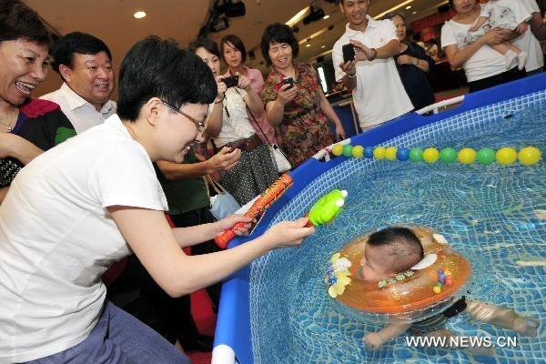 swimming-babies-china (5)