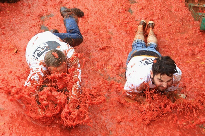 MTV-Tomato-Fight (7)
