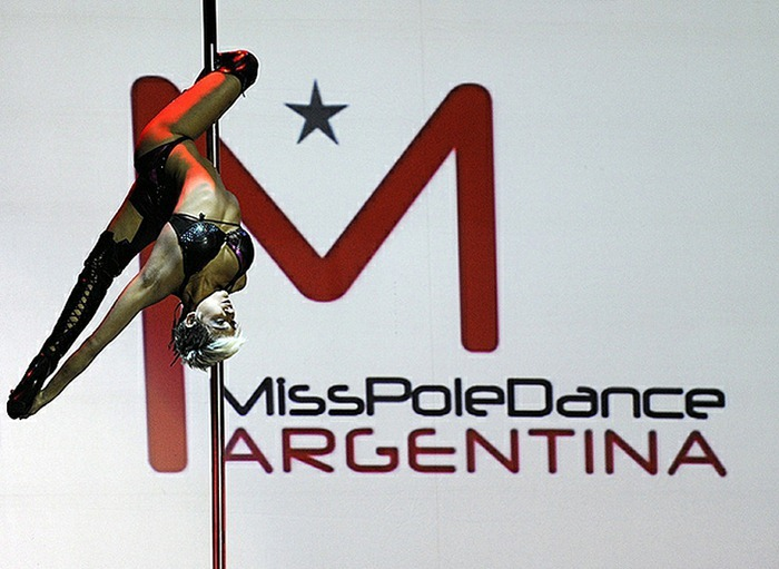 miss-pole-dance-2010 (4)
