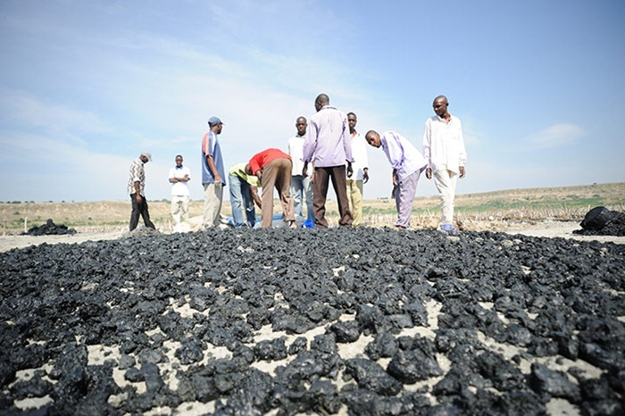 uganda-salt-miners (1)