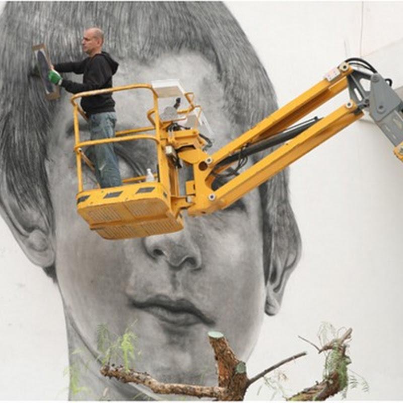 Massive Wall Portraits by Jorge Rodriguez-Gerada