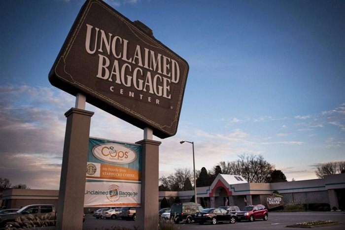 unclaimed-baggage-center (15)