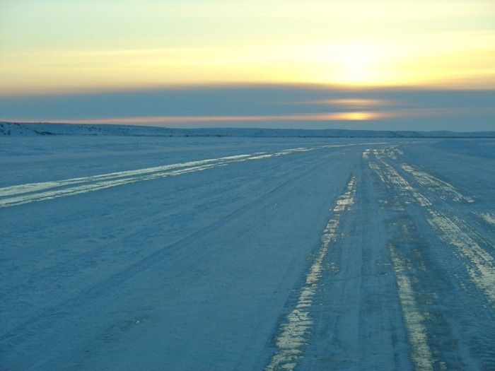 tuktoyaktuk-ice-road5