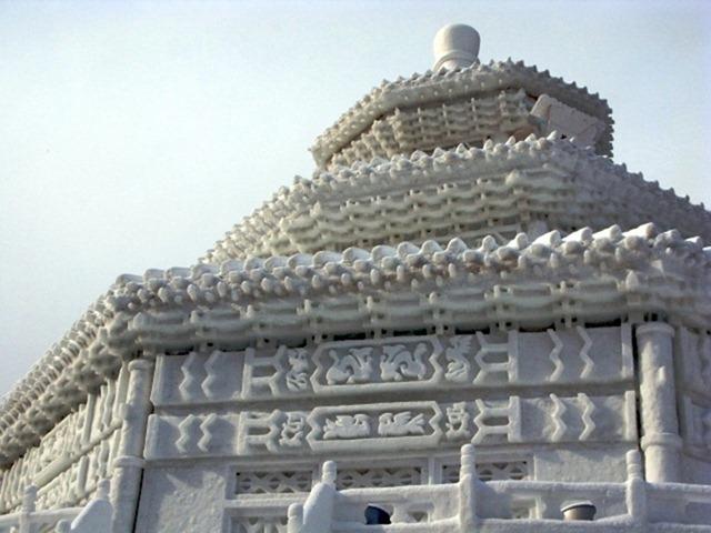 snow-festival-japan12