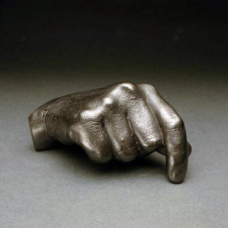 Agelio Batle's Graphite Sculptures