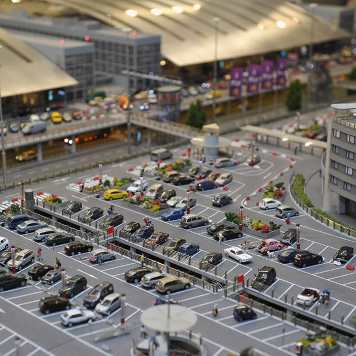 miniature-airport1