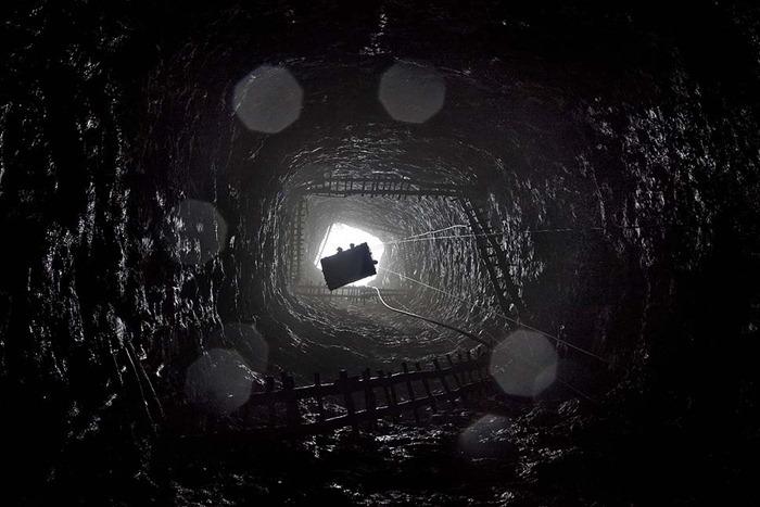 India-Child-Coal.03
