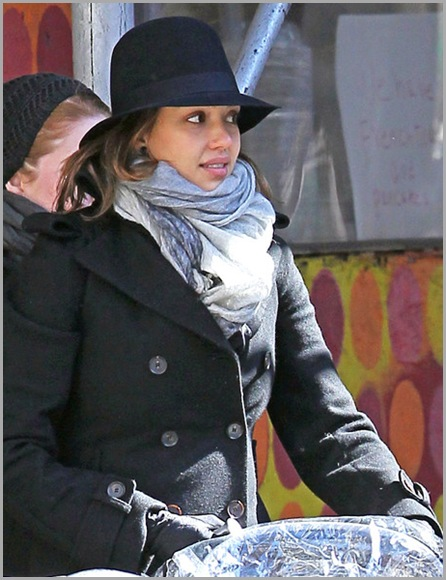 Jessica Alba Jessica Alba Daughter Honor Out  2