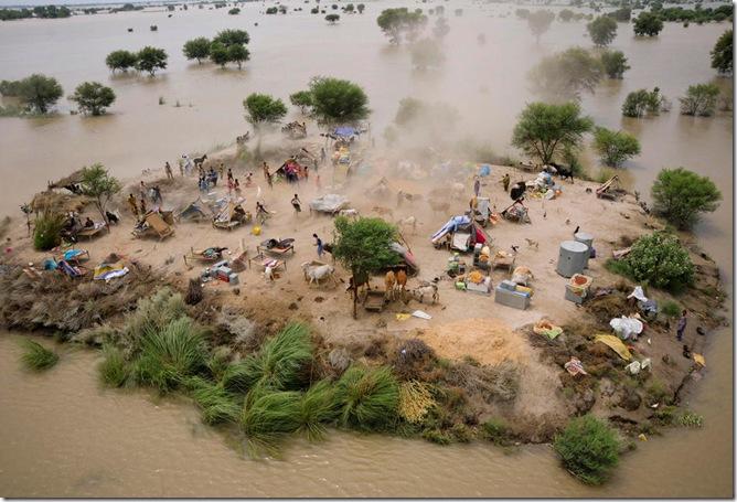ADDITION Pakistan Floods