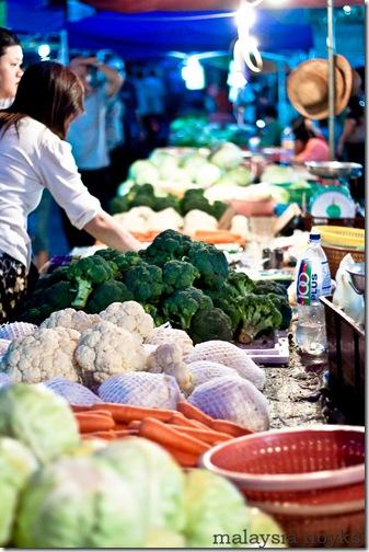Satok market, kuching 37