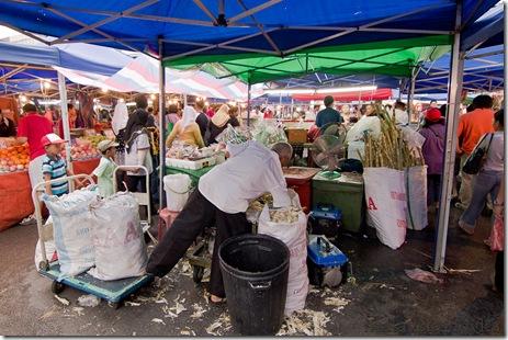 Satok market, kuching 2