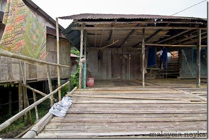 Benuk Longhouse 17