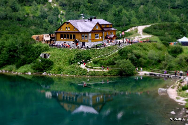 Nagy Zöld tó partján lévő menedékház