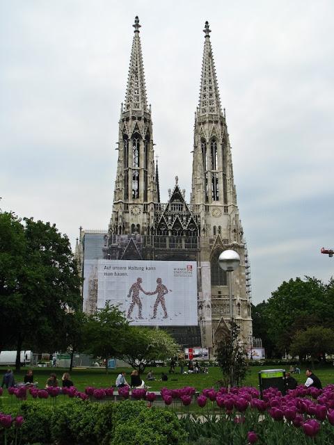 Biserica Votivkirche, Neo-Gothic din Viena