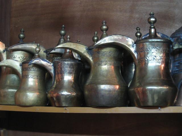 cafetières syriennes. Symbole de l'hospitalité