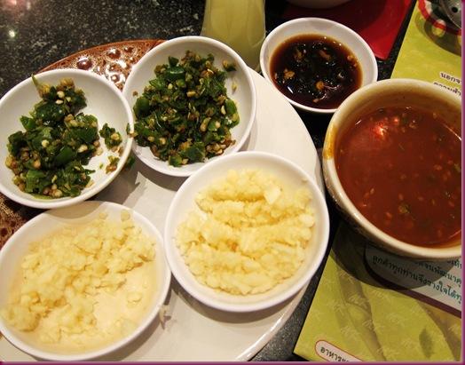 MK Restaurant hotpot sauce