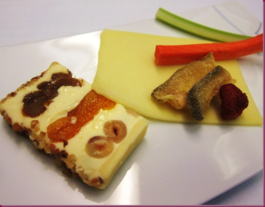 thai airways inflight meal cheese plate