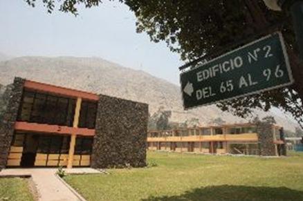 Colegio Mayor ǨSecundario Presidente del Perú inicia  funciones el 2010